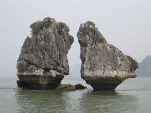 kissing-rocks-601602_960_720
